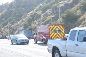 Oakland, CA - Serious Injuries Reported in Multi-Vehicle Crash on 880 Fwy