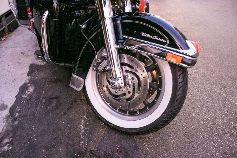 Portola Valley, CA - One Seriously Injured in Motorcycle Crash on Alpine Rd Ramp at I-280